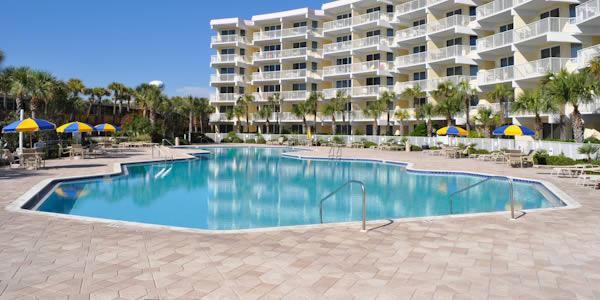 Pool at Destin West condominiums