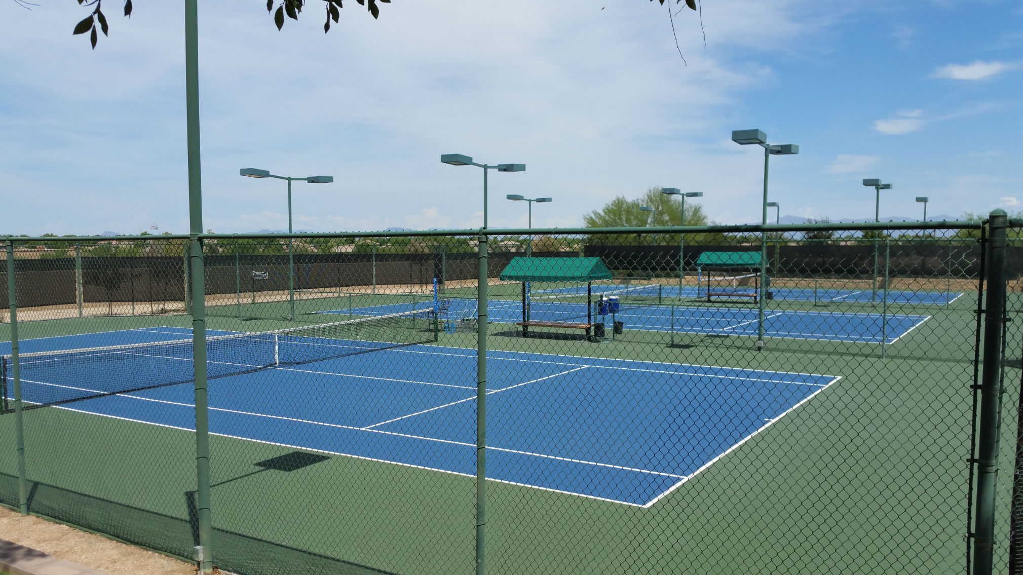 Seville Tennis Courts