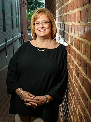 Liz Tucker
