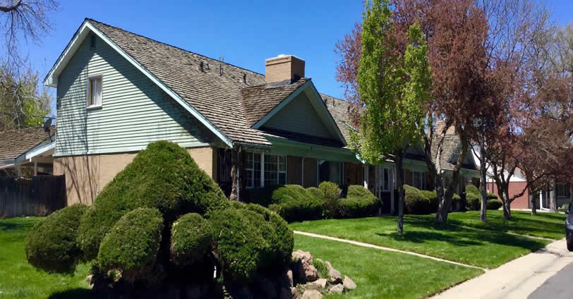 Discover gorgeous skies and a friendly community in Applewood Grove Townhomes real estate.