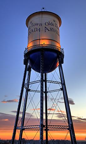 Discover gorgeous skies and a friendly community in Arvada real estate.