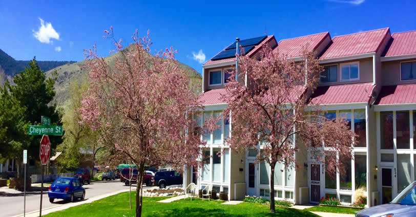 Mesa View Townhomes in Golden Colorado.