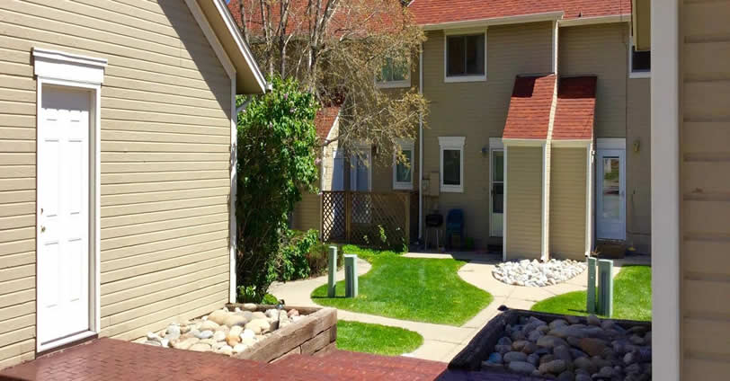 Search for your Weeping Willow Townhomes home and find a great community.