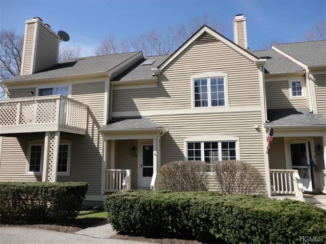 Carmel NY townhouse for sale