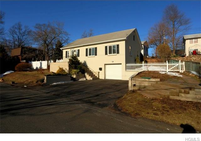 Congers NY Home for sale under 300000