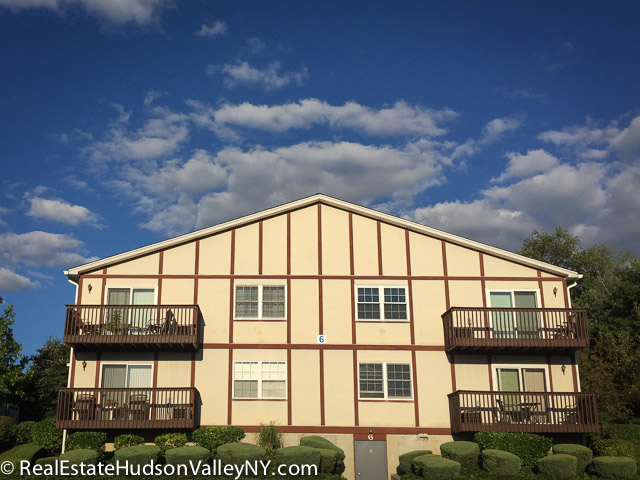 The Meadows Adult 55+ in Pearl River NY