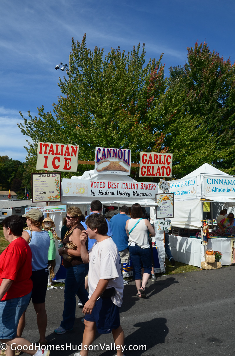 Saugerties garlic festival in Hudson Valley, New York