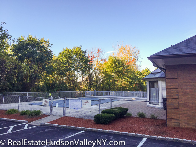 Stony brook townhomes for sale in newburgh ny real estate hudson valley Stony brook swimming pool hours