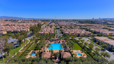 View the Beauty of a Planned Community with Irvine Homes