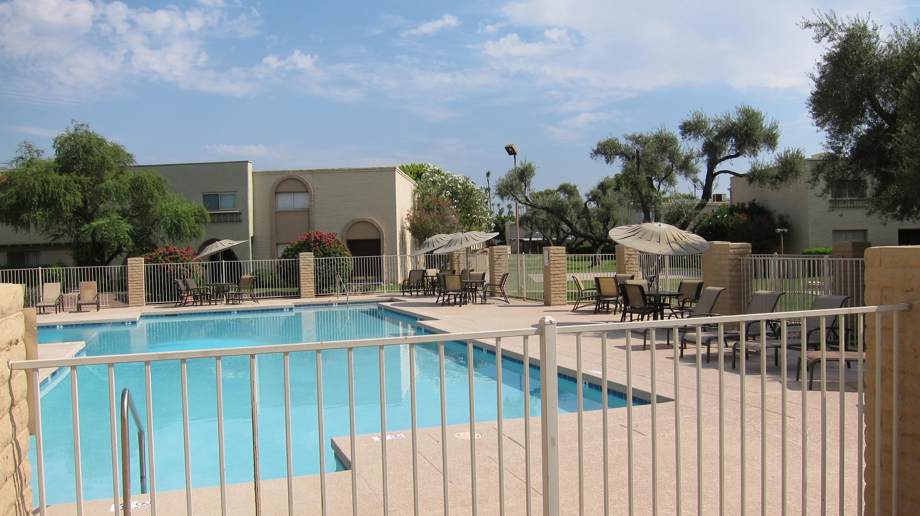 Casa Granada pool