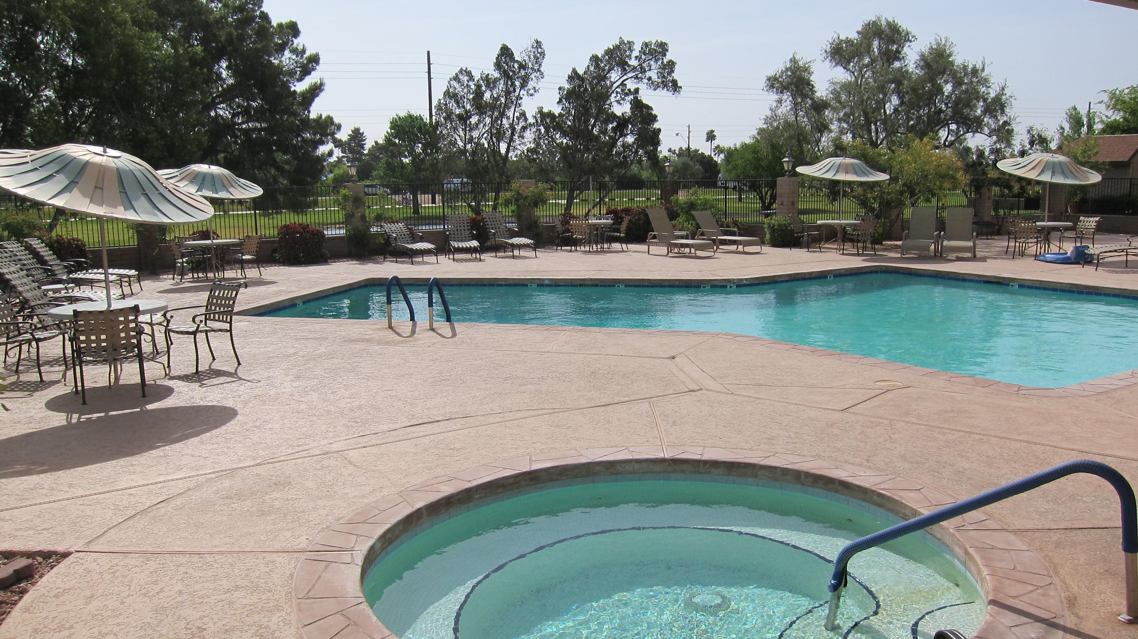 Laguna San Juan pool