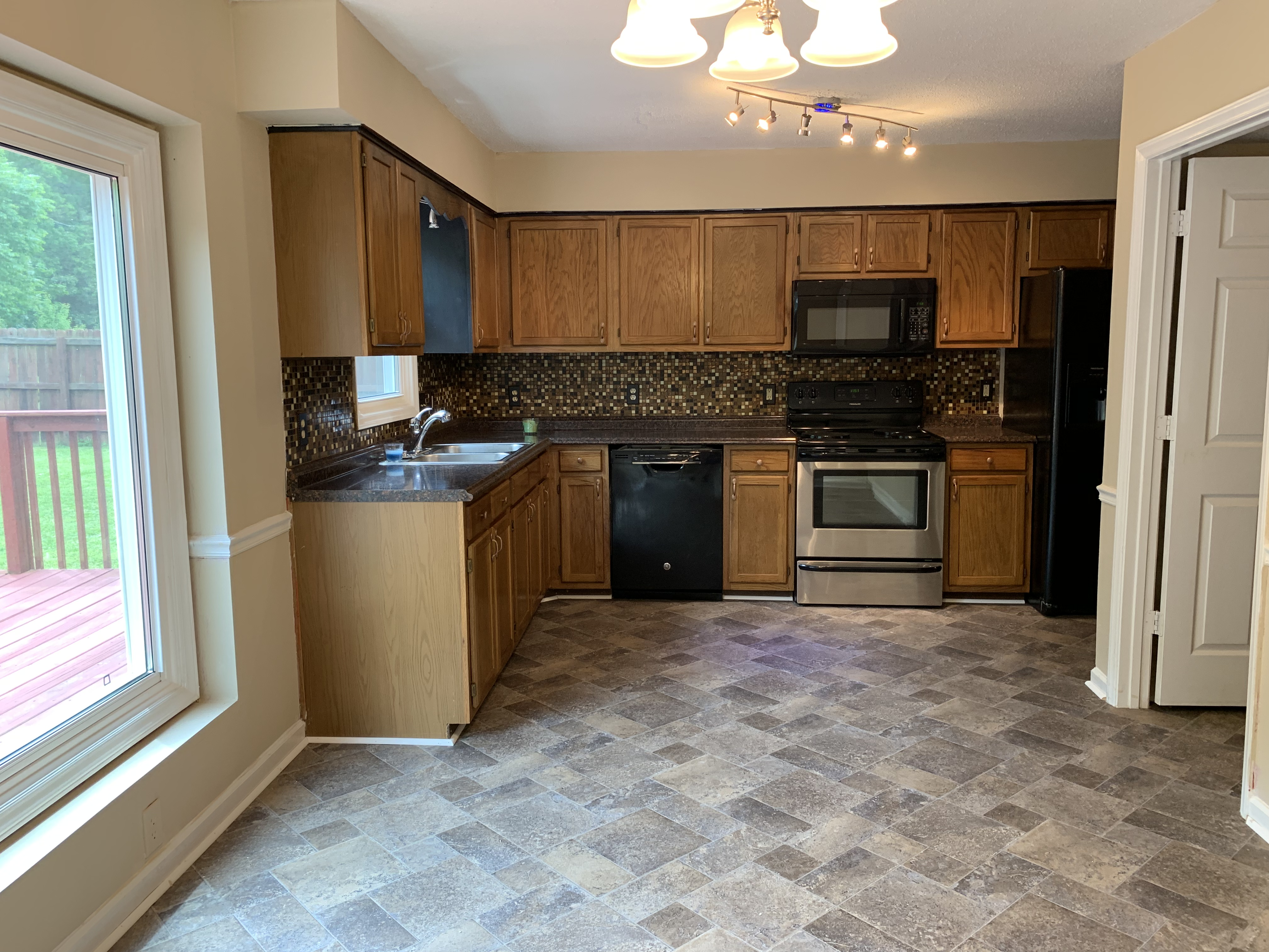 4402 Garden Club St High Point NC kitchen