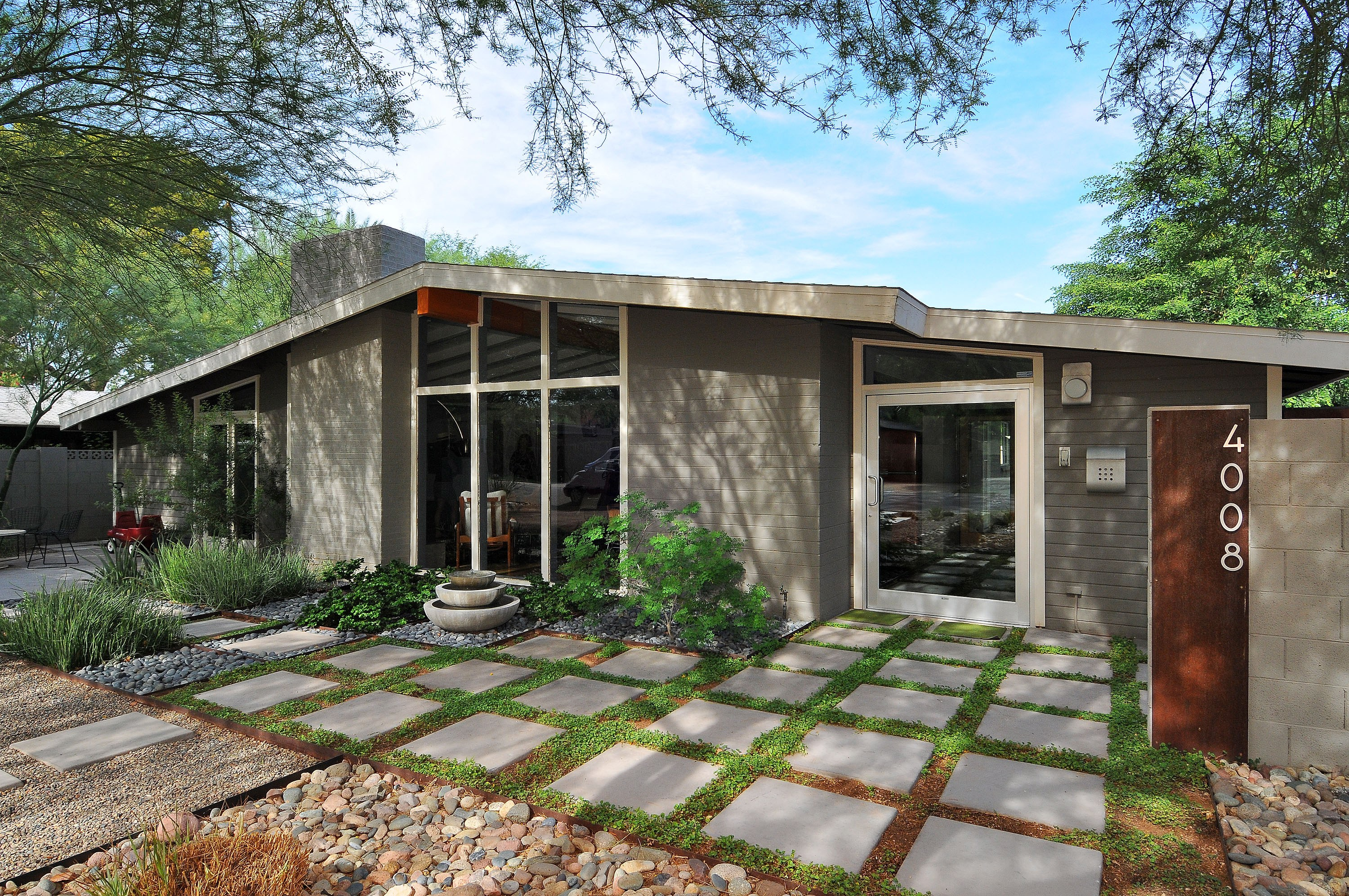 Mid century homes for Century home builders