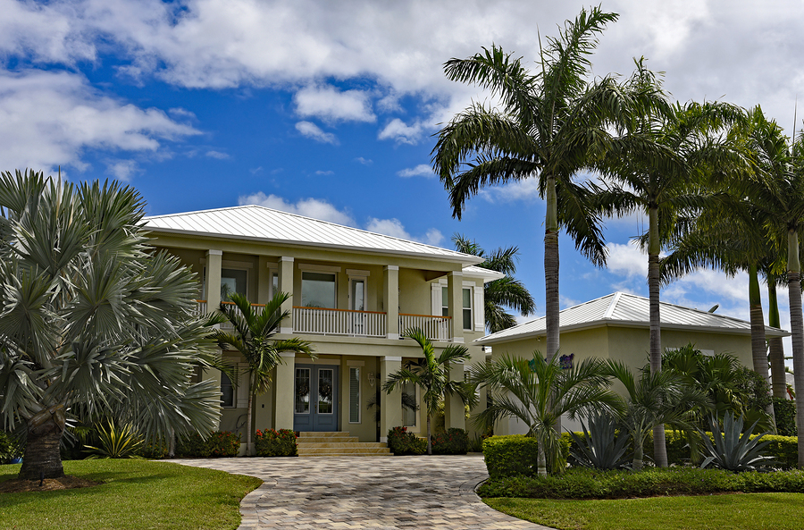 Search for a Cape Coral home and Cape Coral real estate.