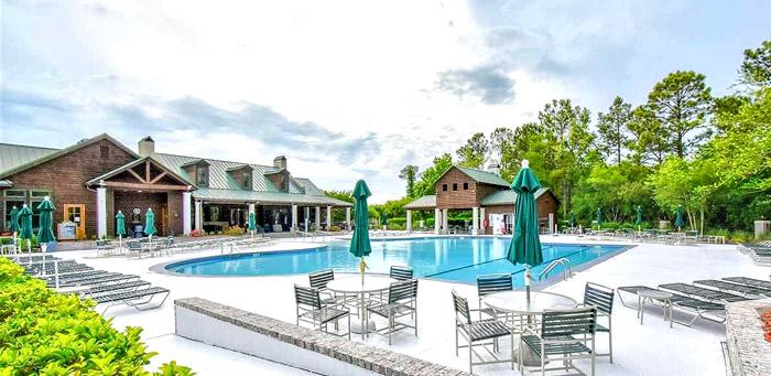 Barefoot Resort Residents Club Pool