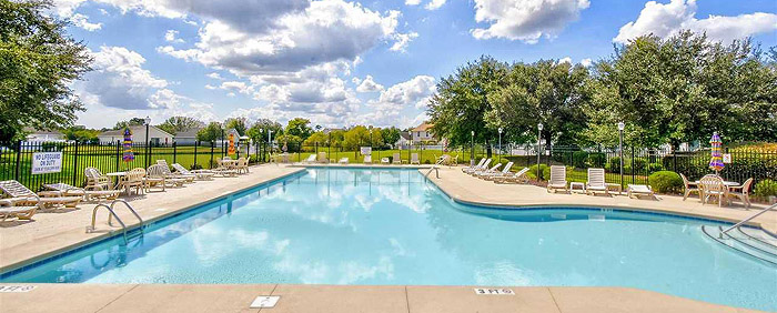 Pool at Southgate in Carolina Forest