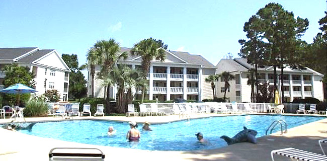 Pool at Windsor Green in Carolina Forest