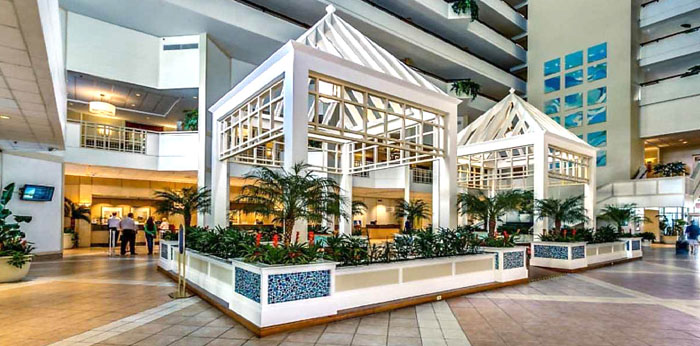 Lobby at Royale Palms