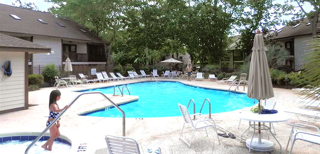 Pool and Hot Tub at Little River Inn