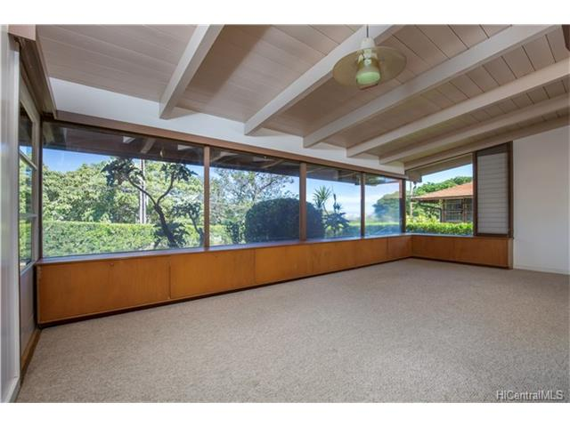 1960 Makiki Hts. Drive Living Room