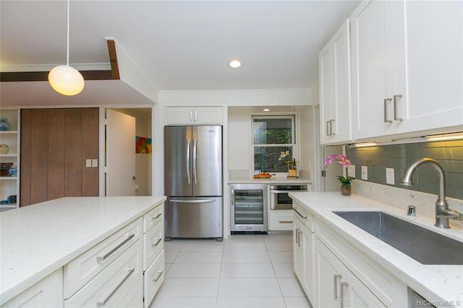 3247 Melemele Remodeled Kitchen