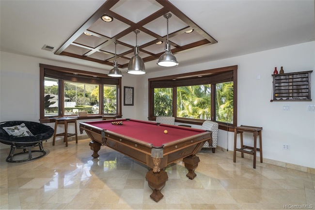 Pool Table at Beachside Home in Kailua