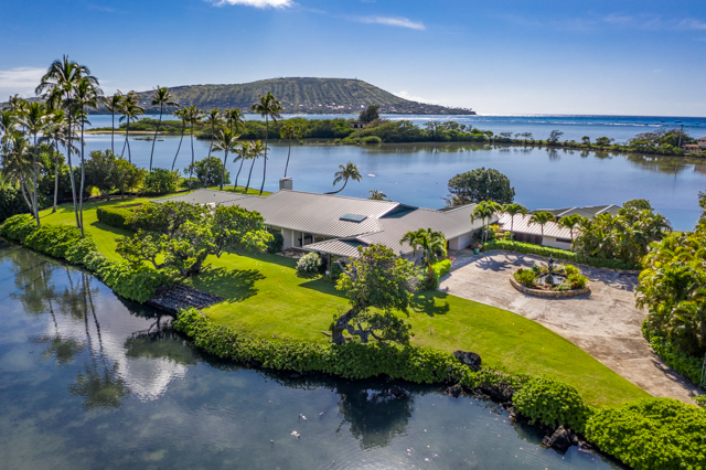 Honolulu Waterfront Home Perfect for Jason Mamoa