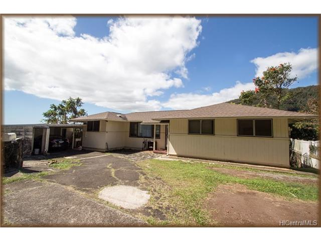 Kalihi Valley Home for $729,000