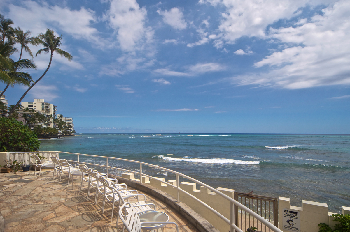 Oceanfront Deck at Castle Surf