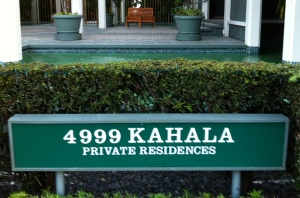 Kahala Beach Apts. Sign