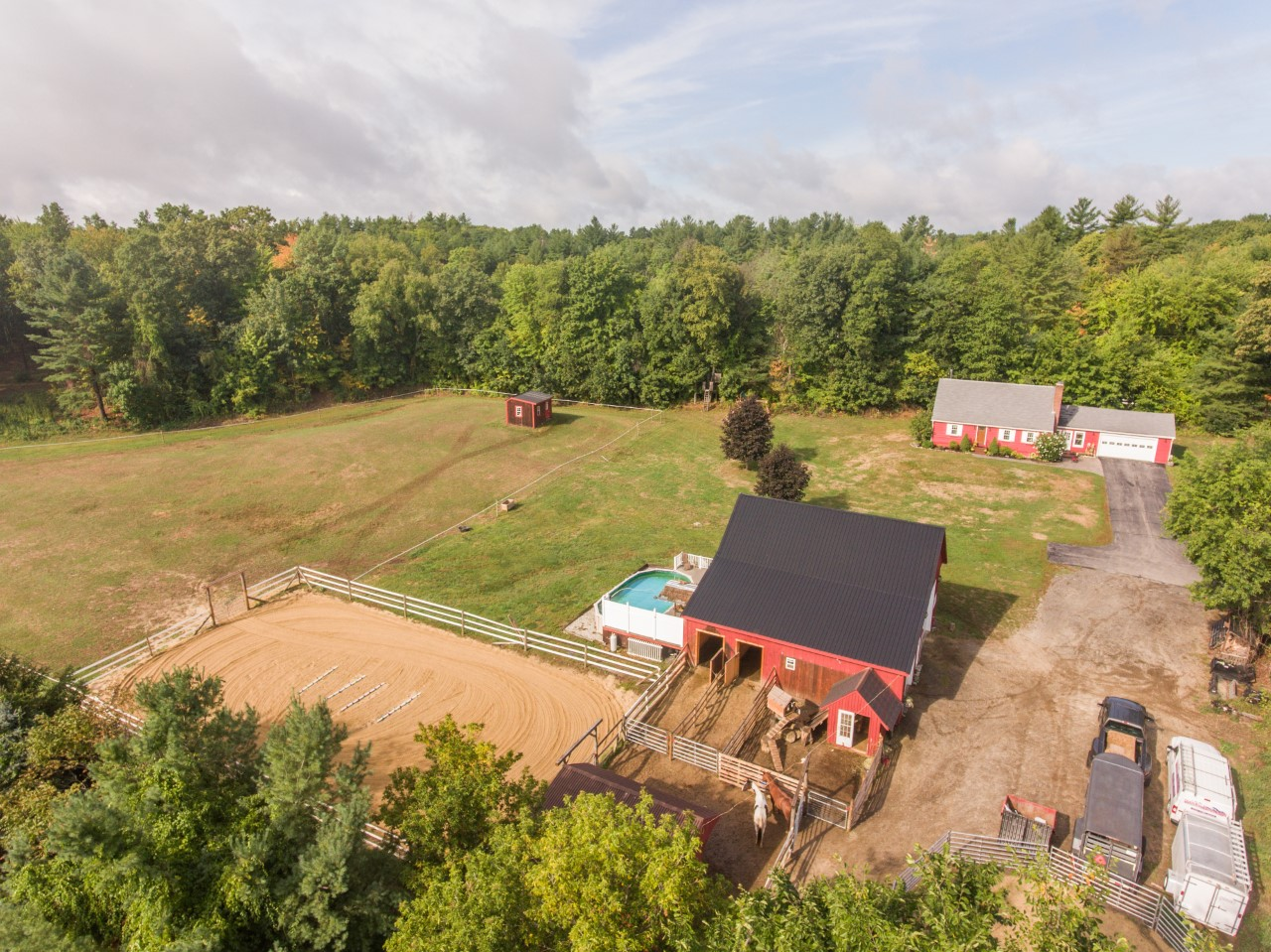 Southern NH horse properties for sale