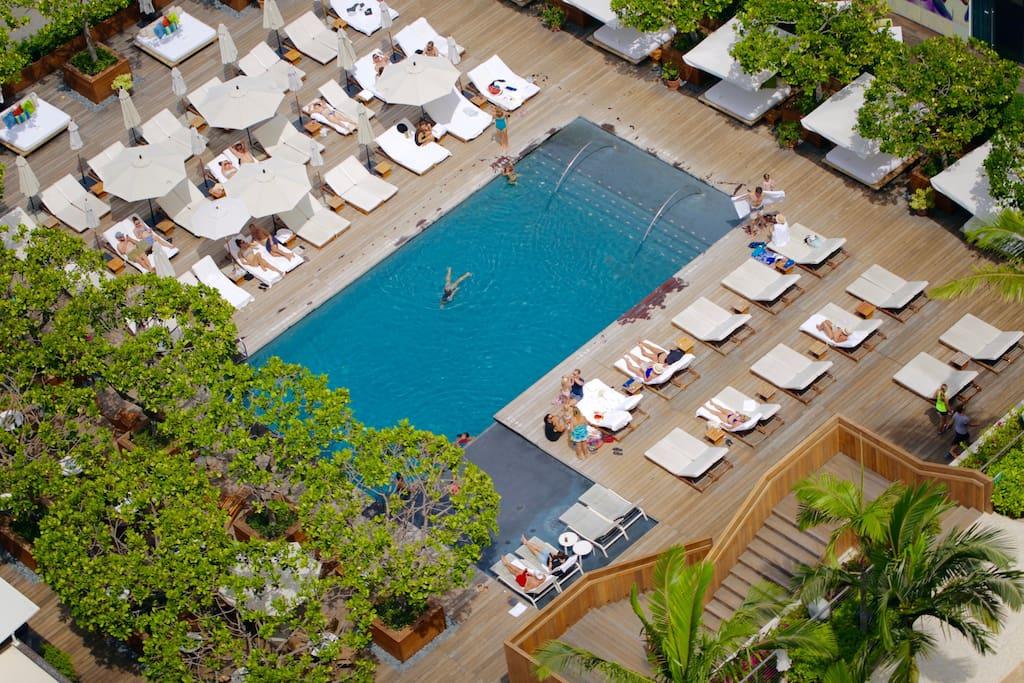 Ilikai Apartments Pool View