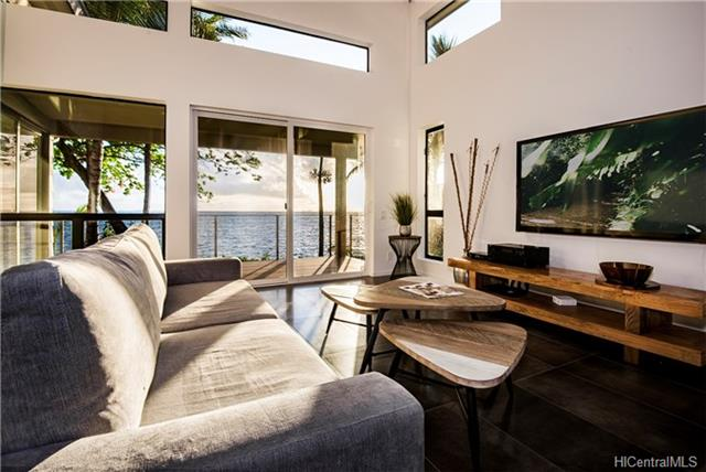 Kaneohe Ocean Front Home Living Room