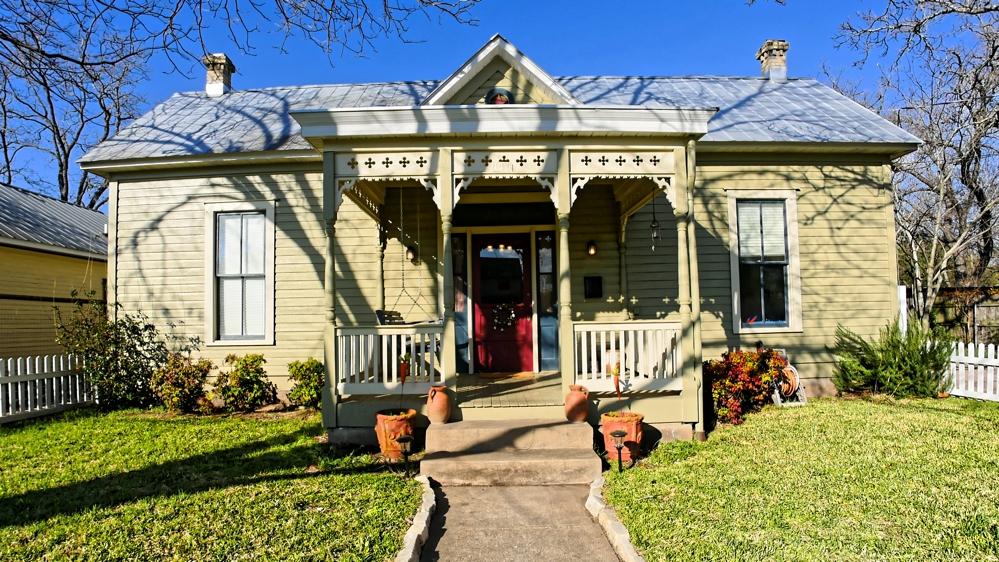 110 Centre Street, Fredericksburg, TX 78624