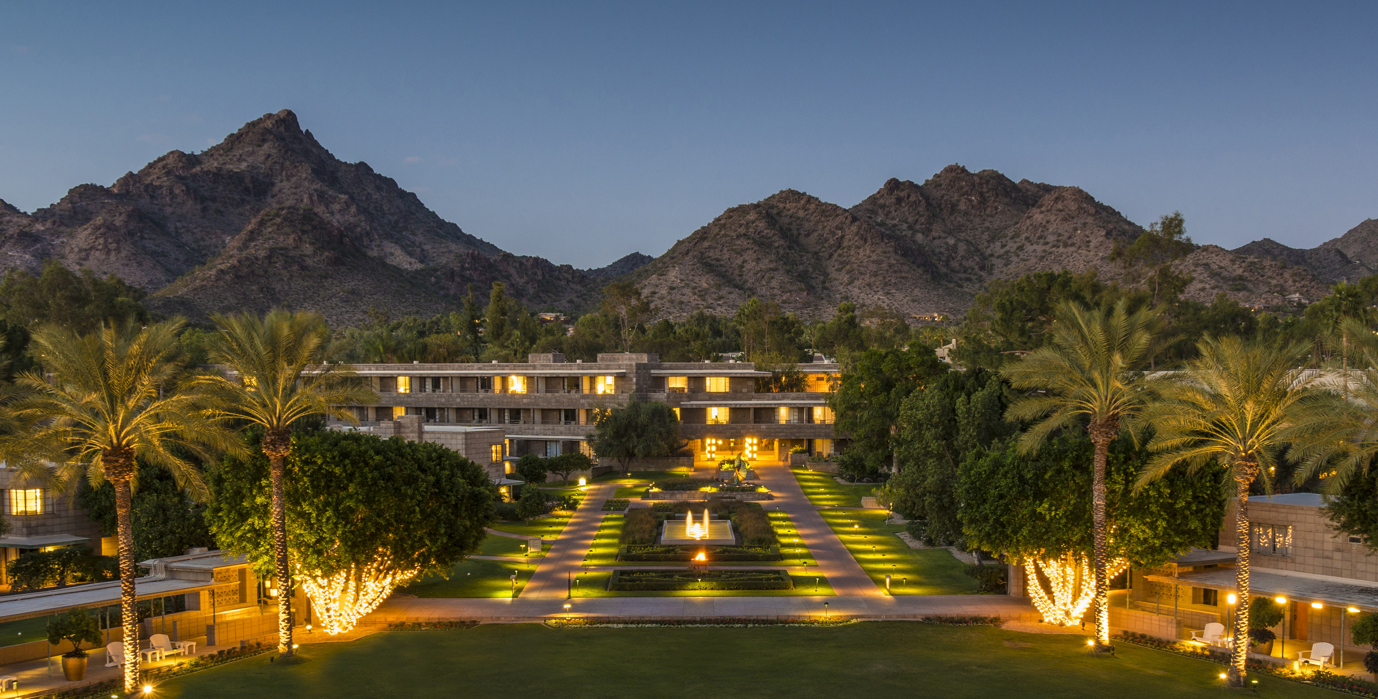 The biltmore area of phoenix arizona for Hotels 85016