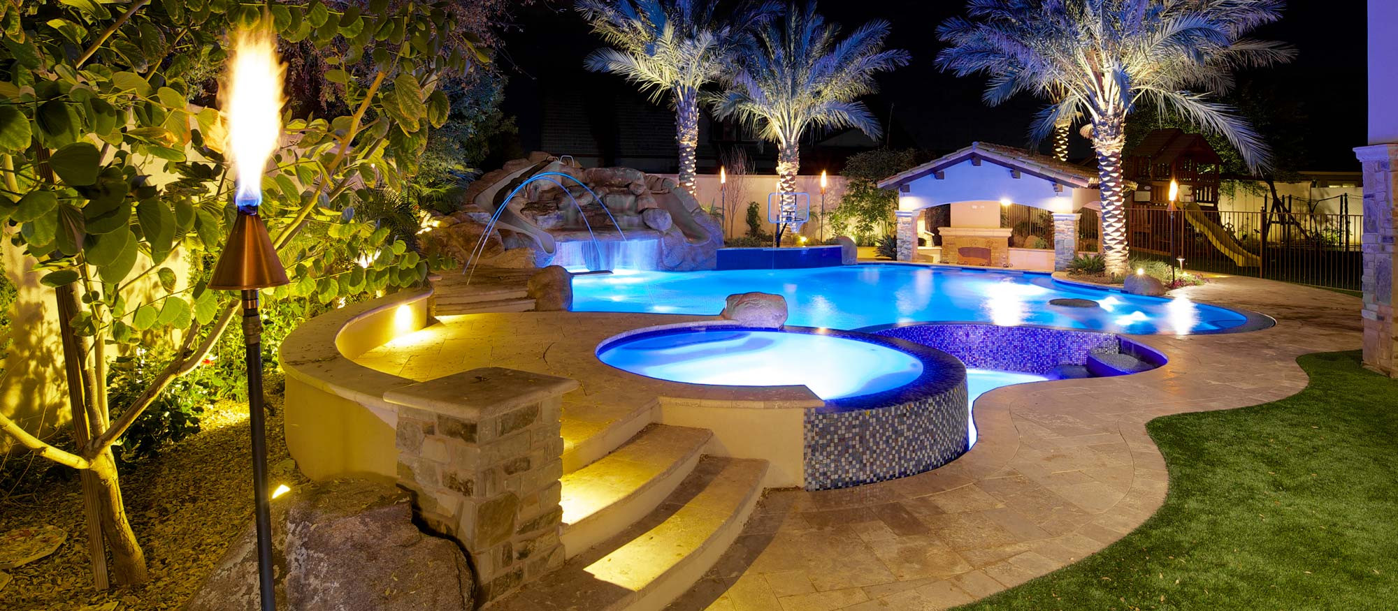Central phoenix homes with pools for Pool design phoenix