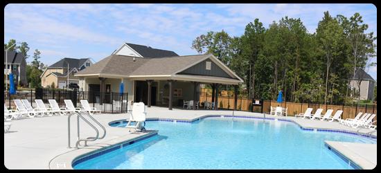 Holly Pointe pool