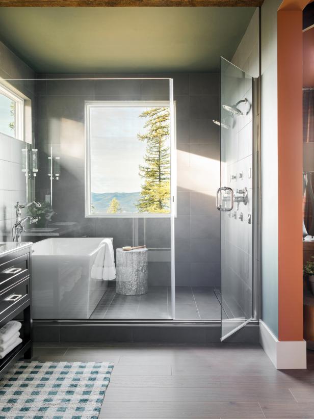 Wet room - HGTV Dream Home 2019