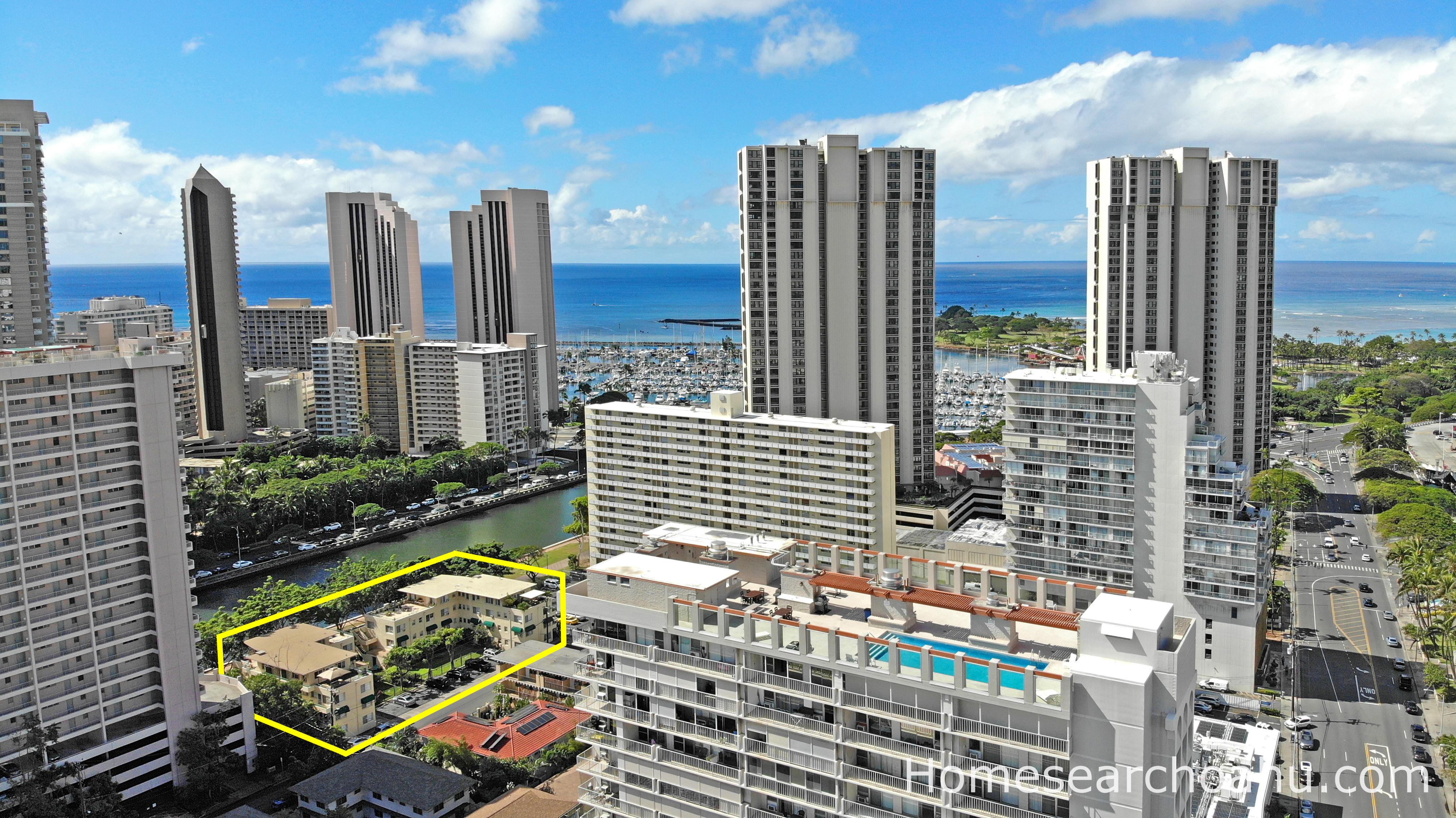 Commodore Waikiki Location