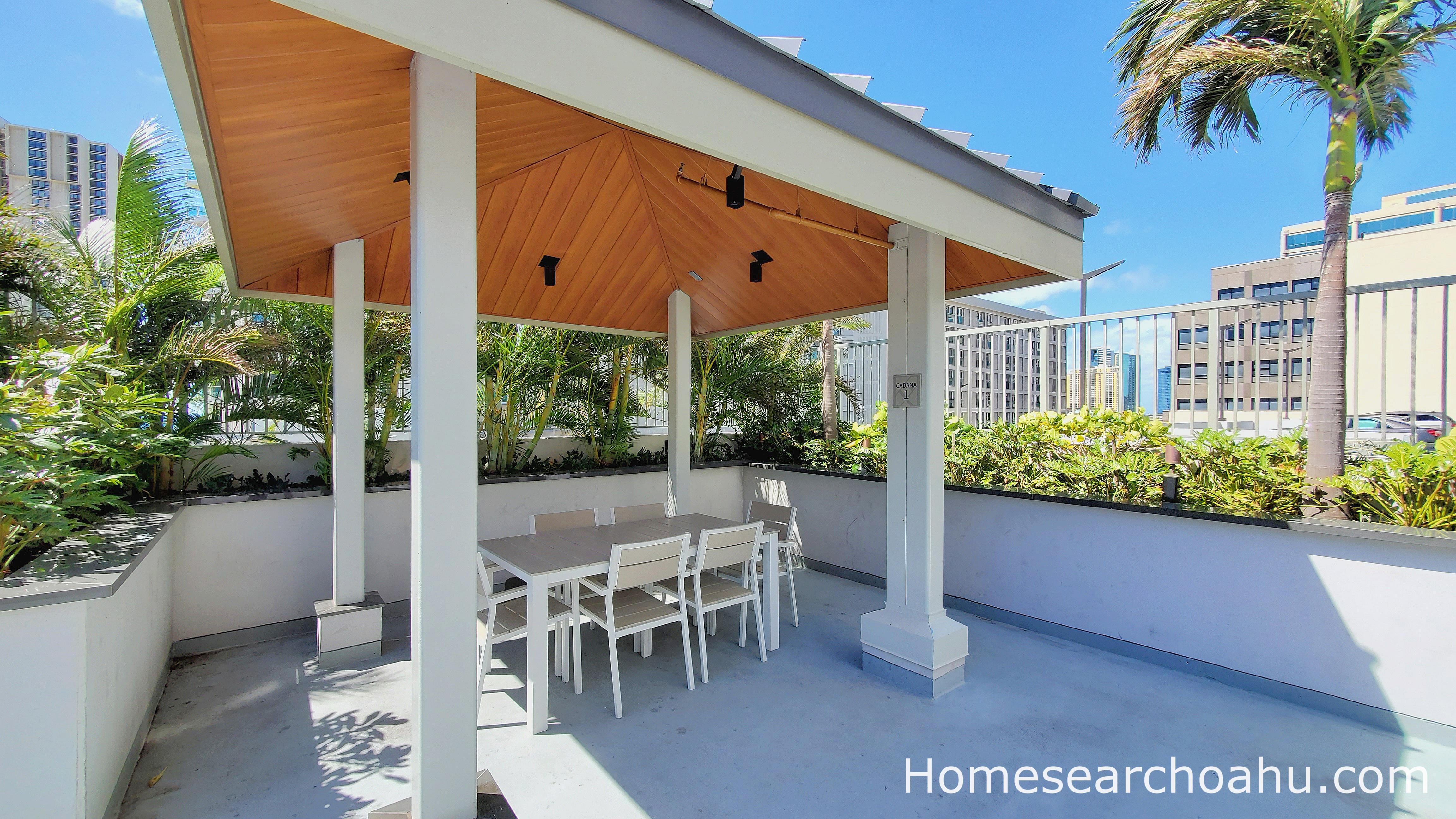 Kapiolani Residence Cabana