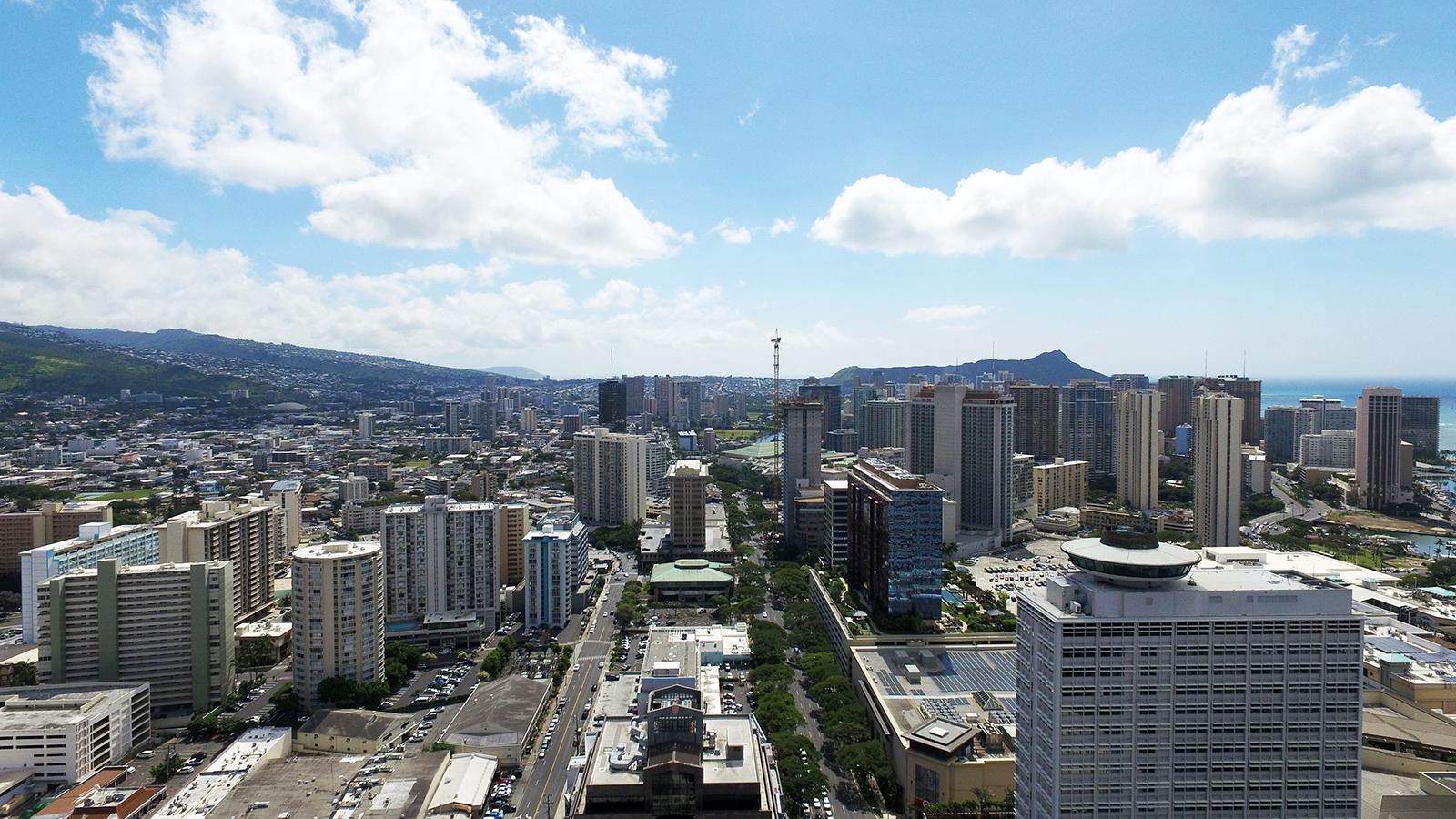 Hawaii Ocean Plaza Diamond Head View