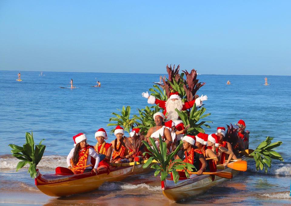 Santa Canoe