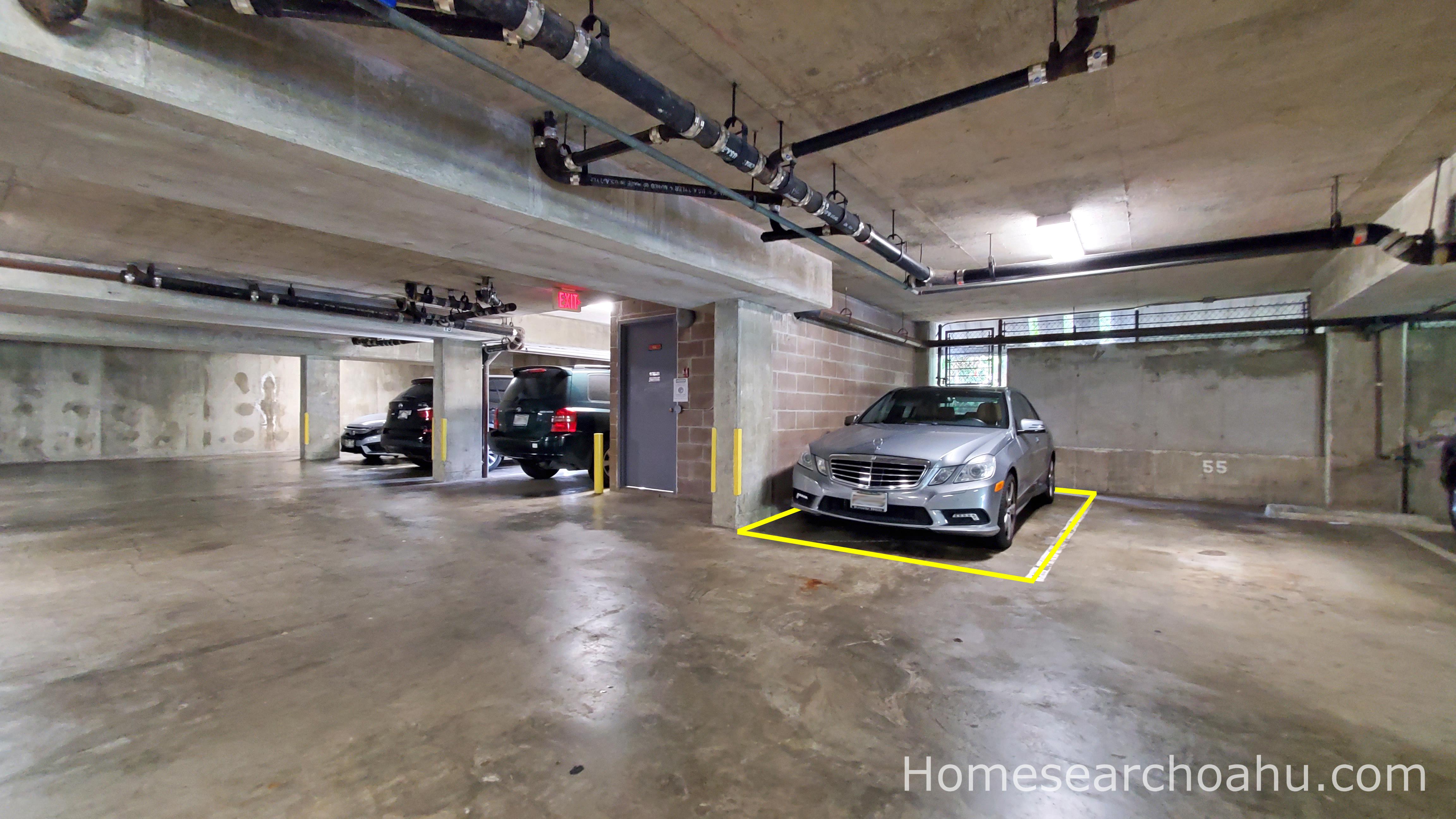 Leilehua 105 Parking