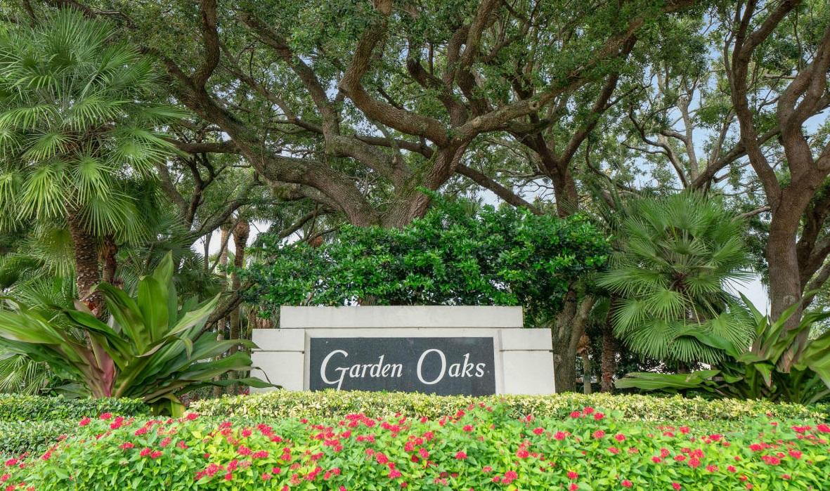 Gardens Oaks