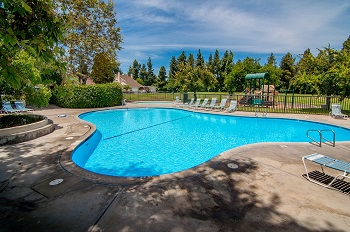 Another nearby park, Woodpine Park, includes a pool and spa