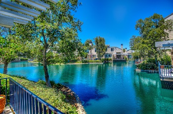 Beautiful view of some Lakeshore Homes