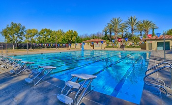 The awesome Woodbury community pool is steps away
