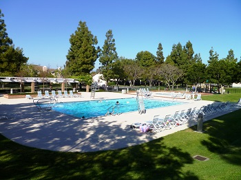 The Woodflower pool is just steps away