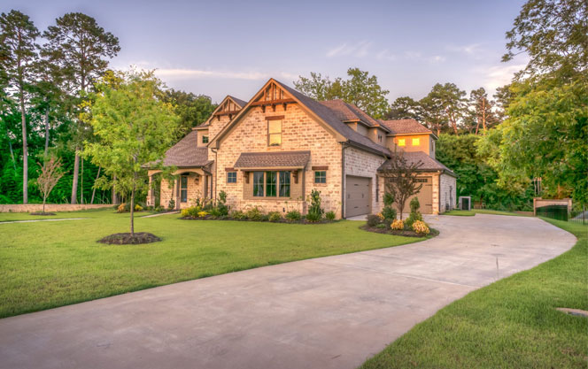How To Raise The Value Of Your Home By Properly Taking Care Of Your Lawn