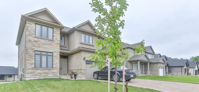 Homes in Ilderton, Ontario
